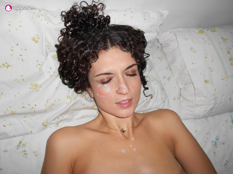 Amateur lays back and takes cum facial
